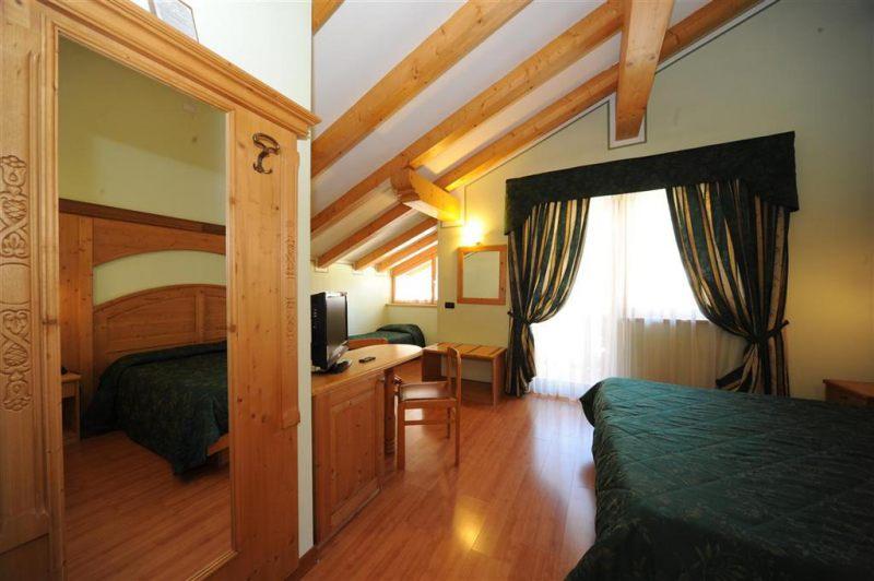 Hotel Canada-PINZOLO
